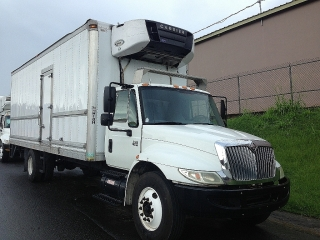 INTERNATIONAL 4300 DT466 NEVERA CARRIER 2007