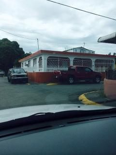 Se alquila casa barrio Sabana