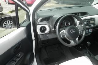 Toyota Yaris L Blanco 2014