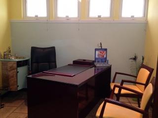 OFICINAS MEDICAS - A PASOS HOSP SAN CARLOS BORROMEO - MOCA (2 LOCALES DESDE $1,000.00