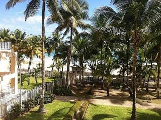Cond. Villas del Mar 3-2, Remodelado!!