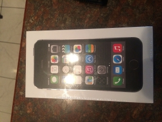 iPhone 5S -16GB - New - Sin Abrir