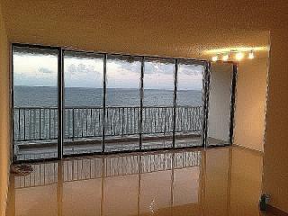 Villas del Mar 2-2 Vista Frente al Mar-Rebajado!!