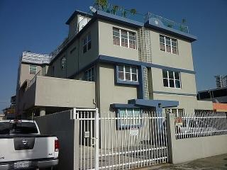 13-0320 En Cond. Doncella, San Juan, PR
