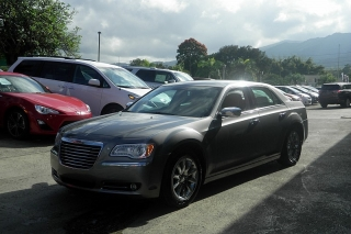 Chrysler 300 Limited Gris Oscuro 2012