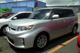 Scion Xb 5dr Wgn At Gris 2011