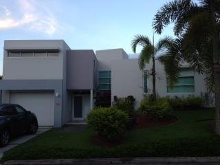 Mansions de Ciudad Jardin Bairoa