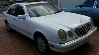 Vendo Mercedes-Benz E320 1996