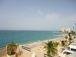 Sea View at condado/ studio/ al lado la CONCHA