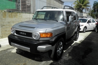 Toyota Fj Cruiser 4dr 2wd At Gris Oscuro 2007