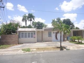 Parkville Este, cerca de todo en Guaynabo!