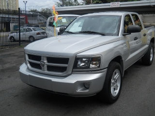DODGE DAKOTA CABINA DOBLE 2011
