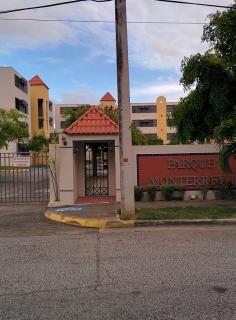 Se renta o se vende apartamento en el Parque Monterrey I en Ponce, PR.