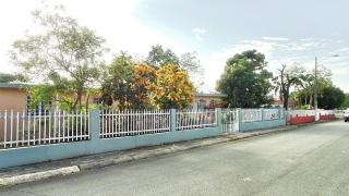 Turabo Gardens, Caguas - de esquina