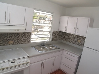 Reparto Metropolitano 2Casas+1Apt.Income Property $150K + 5K de pronto*Negociable*
