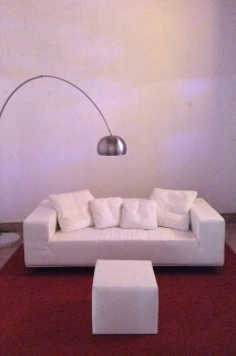 Sofa en piel color blanco
