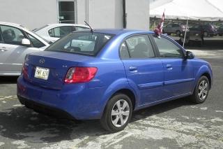 Kia Rio Ex Azul 2012