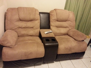 Loveseat Reclinable