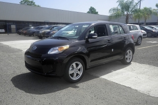 Scion Xd Negro 2014