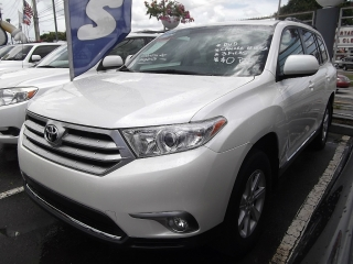 TOYOTA HIGHLANDER 2013 (UPGRADE)