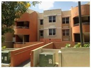 COND. FLAMINGO APARTMENTS