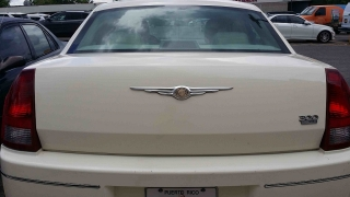 Chrysler 300 Limited $6,500