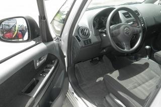 Suzuki Sx4 Le Popular Plateado 2012