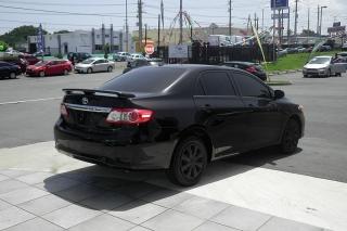 Toyota Corolla Le Negro 2011