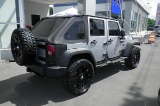 Jeep Wrangler Unlimited CoD Plateado 2009
