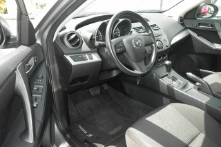Mazda Mazda3 I Sv Gris Oscuro 2013