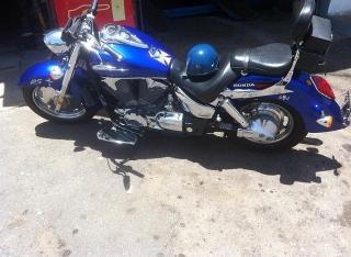 se  vende  motora honda   vtx-r 1300  año 2006