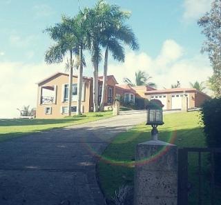 Preciosa casa fresca y acogedora