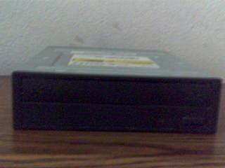 CD-RW/DVD-ROM Drive IDE