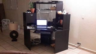 Mesa Estante de Computadora+lámpara y TV de regalo