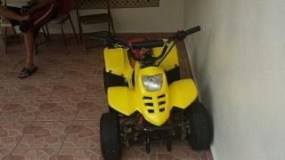 Four track 110cc (como nuevo)