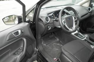Ford Fiesta Se Negro 2014