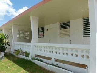 C- Liquidad Casa en Fajardo Gardens