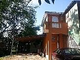 Casa de dos unidades, 3h-2b, 2h-1b, amplio terreno.