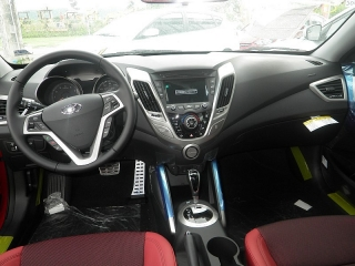 Hyundai Veloster Rojo 2015