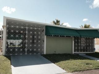 Acogedora casa en Muñoz Rivera Guaynabo