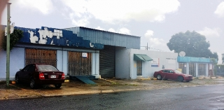 Comercial - Business en Urbanizacion-Villa Prades