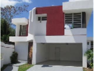 Casa en Urbanizacion-Monte Claro de 4 Cuartos y 2 1/2 Baños  APORTACION 5% PARA GASTOS