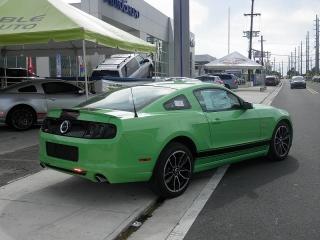 Ford Mustang Gt Premium Verde 2014