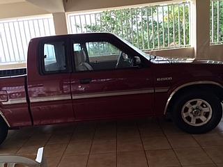 Mazda b2200 1993 Vino
