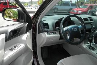 Toyota Highlander Rojo Vino 2013