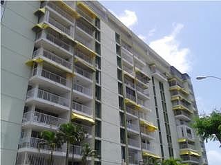 COND.LAGOMAR APT.2-L , en Carolina Puerto Rico Apartamento en Condominio-Lagomar de 3 Cuartos y 2 Baños