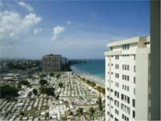 Cond. Beach Tower penthouse a pasos de la playa! 3 cuartos 2 banos reposeido!