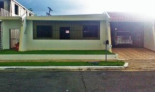 Casa Urb Country Club 3H, 2B, 138K POR debajo TASACION