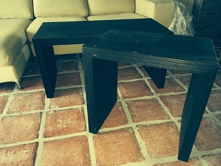 Japanese style end and coffe table. Black// Mesa auxiliar y mesa de café estilo Japonés. Negro
