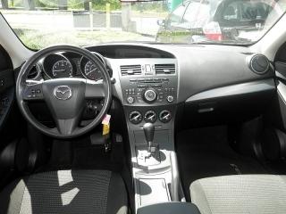 Mazda Mazda3 I Sv Rojo 2013